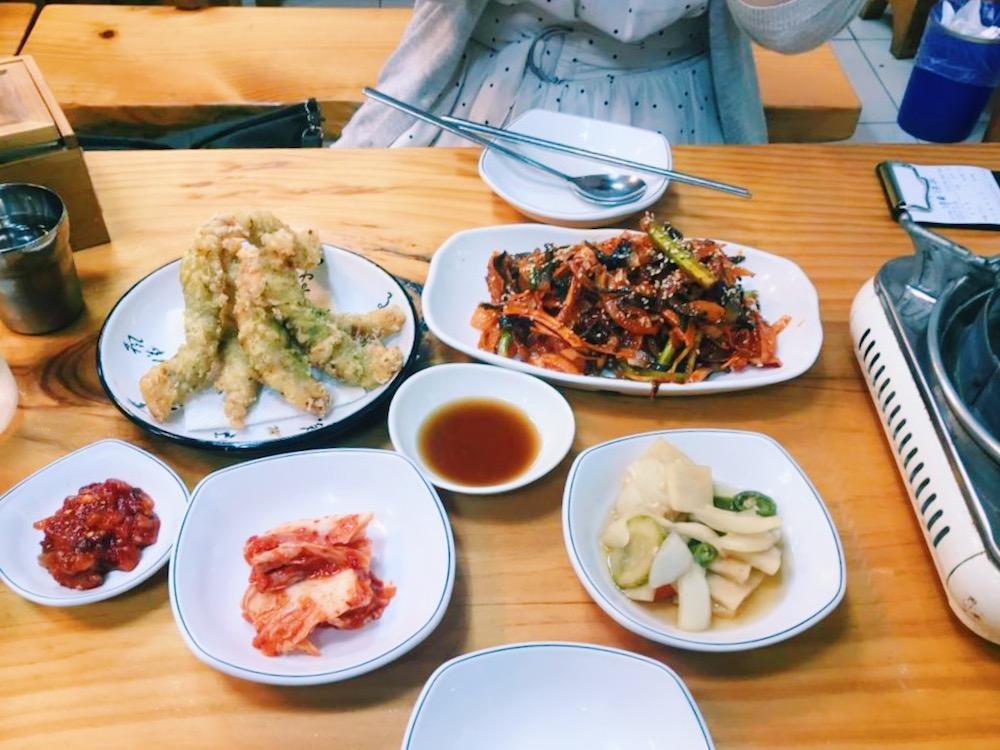 韓国ふぐ料理-ふぐ天ぷらとふぐサラダ