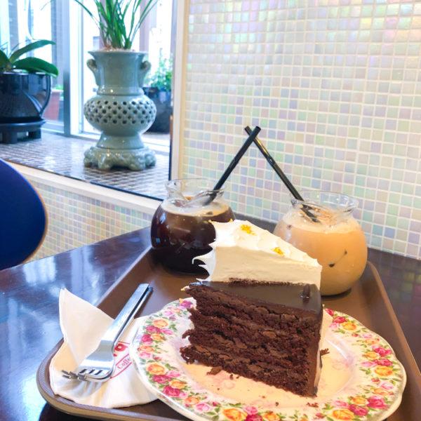 女子大の隣にあるケーキが人気な隠れ屋【カフェ ペラ(카페페라 )】